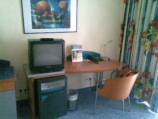 Hotel Konigshof Am Funkturm: Zimmer