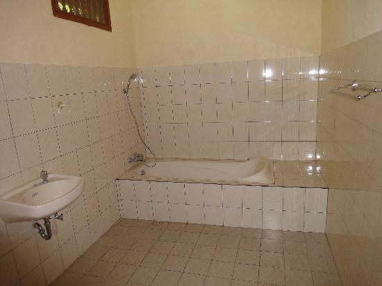 Coco Alami Guest House : La salle de bain