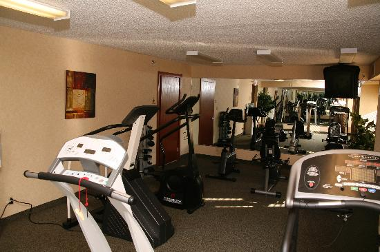 Baymont Inn & Suites Detroit/roseville: Fitness Center