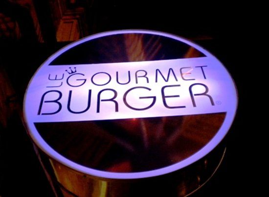 Le Gourmet Burger: Sign