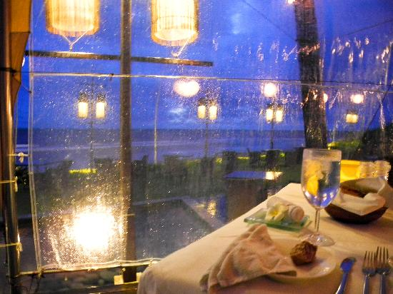 Breeze at The Samaya Seminyak: Rainny day