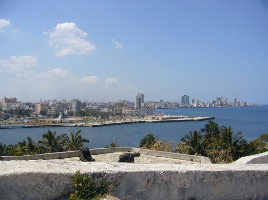 Benteng San Carlos de la Cabana
