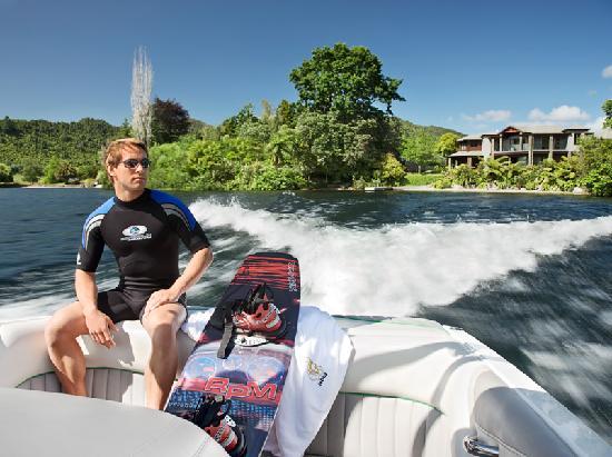 Lake Okareka Lodge by lebua: Speedboat Facilities