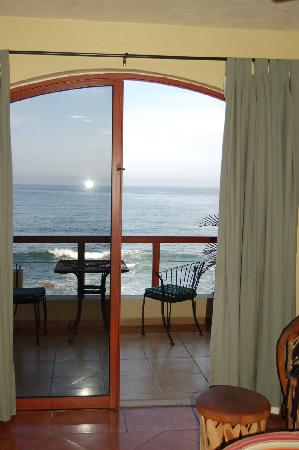 Mazatlan Ocean Front Inn: view from 3rd floor