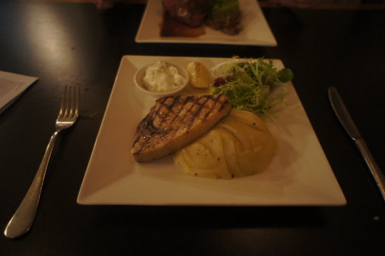 Suze in Mayfair : Super good swordfish