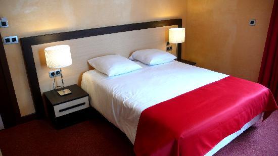 Hotel du Louvre: Chambre double avec vue sur le massif du Mont-Blanc