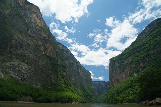 Central Mexico and Gulf Coast, Meksyk: Cañon del sumidero 2