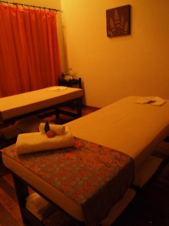 Frangipani Spa: Spa room