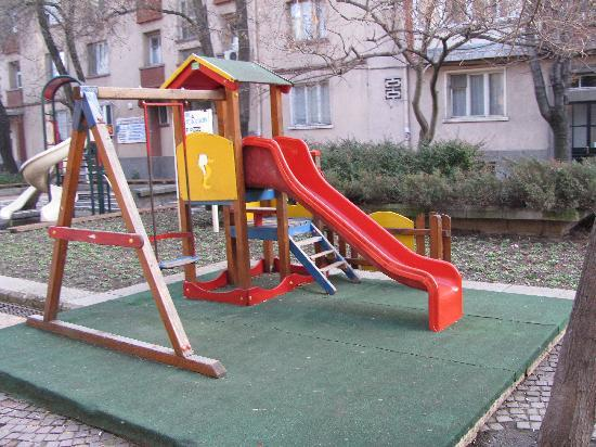 kinderspeeltuin in het centrum van haskovo