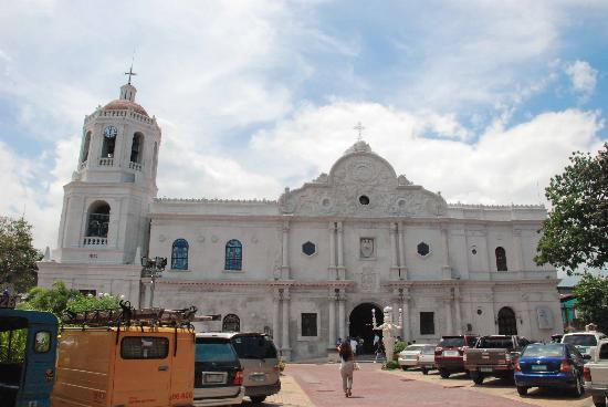 Cebu Metropolitan Cathedral: The church