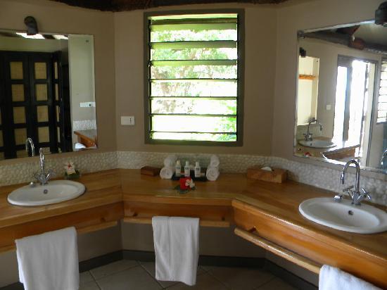 Yasawa Island Resort and Spa: bathroom