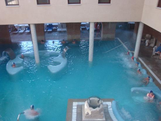 Castilla Termal Balneario de Olmedo: piscina interior