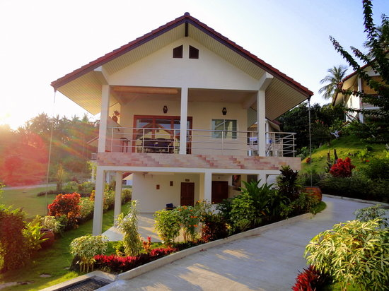 Phangan Garden Village: Our home away from home.