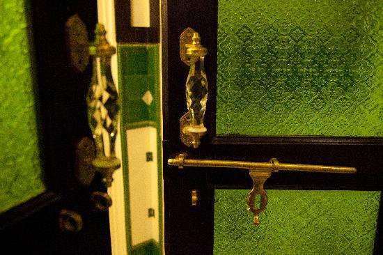 Royal Heritage Haveli: green room