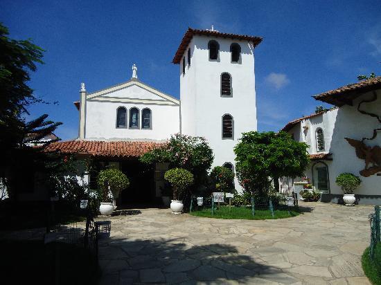 Capela Nossa Senhora Desatadora De Nos : Bucios  Iglesia Sta Rita - Geriba.