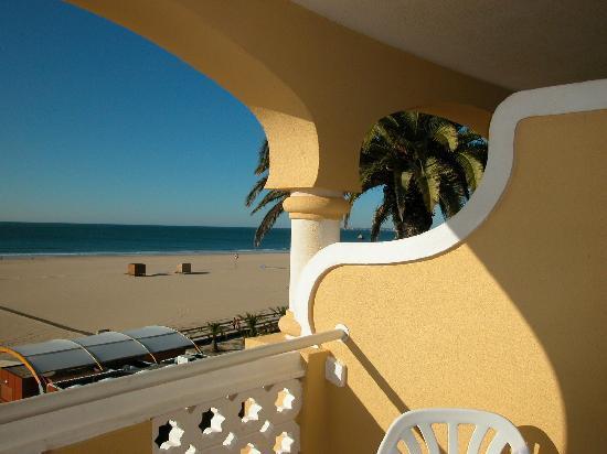 Hotel Oriental: Blick aus der Hotelsuite zum Strand