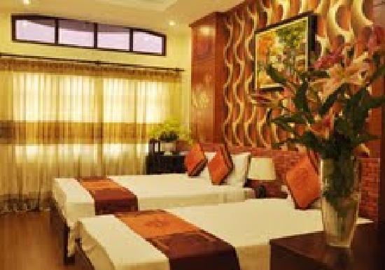 Hanoi Eclipse Hotel: deluxe triple