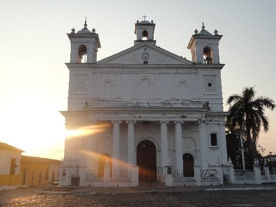 Suchitoto, El Salvador: Iglesia Santa Luci
