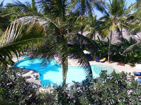 Turtle Bay Beach Club: Over 18's pool