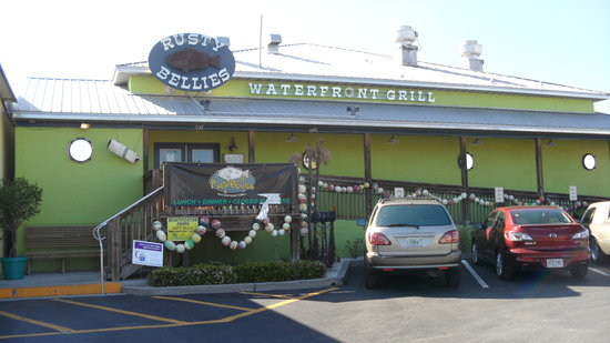 Rusty Bellies Waterfront Grill