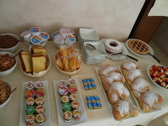 Villa Santa Maria: Breakfast