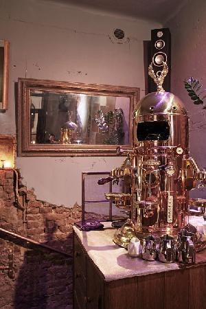 Klimaty Cafe: The Electra Belle Epoque coffee machine - a magnificent centerpiece. Makes spledid coffee too!