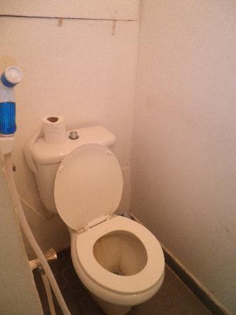 Hotel la Siesta: Toilet