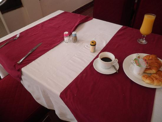 """Hotel la Siesta: """"Breakfast"""""""