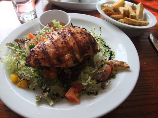 The Ship Inn: chicken supreme