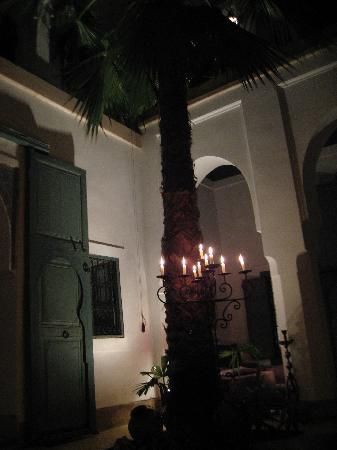 Dar Malak: Candles were lit every night to bring warm charm to the courtyard.