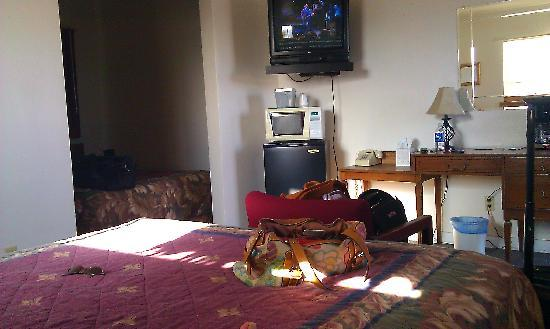 Desert View Inn: This room had 2 beds and micro/fridge/coffee pot