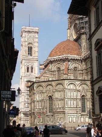 Hotel Locanda de' Pazzi: The Duomo