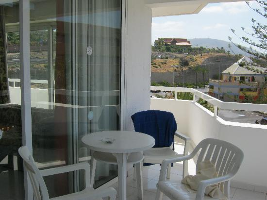 Hotel Ocean Ponderosa: large balcony