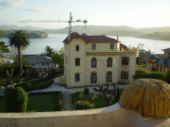 Hotel Restaurante Palacete de Penalba: palacete pequeño visto desde la cupula
