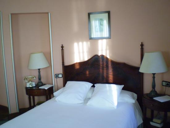 Photo of Hotel Restaurante Palacete de Penalba Figueras (Castropol)