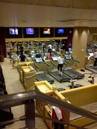 the gym shared between the Palazzo and the Venetian