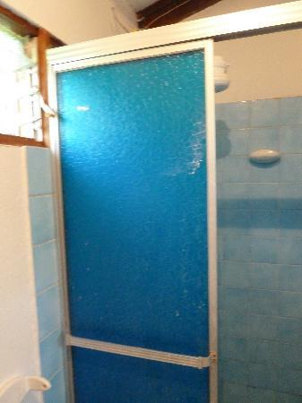 Sol y Mar Backpackers : shower