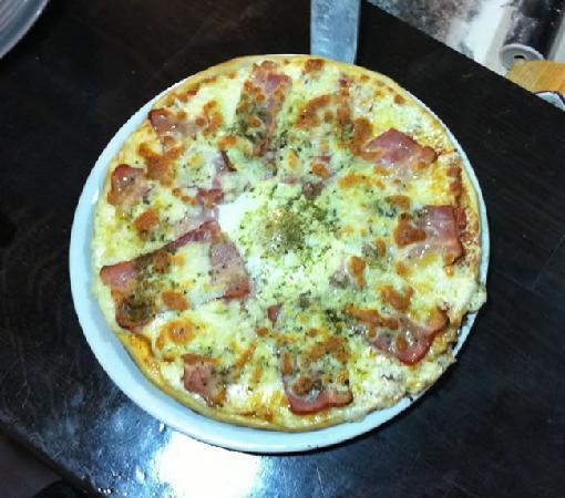 Restaurante Pizzeria Alcaniz - La Tinaja: Exquisita pizza