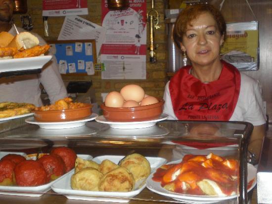 Bar Restaurante La Plaza : MAS PINCHOS