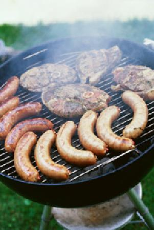Avenue Hotel: Bbq full grill at the Garden bar on Thursdays for relaxation