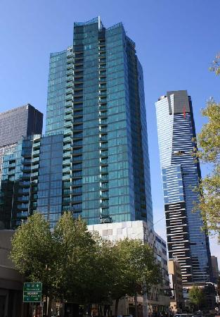 Melbourne Short Stay Apartments At Southbankone Video Of Melbourne