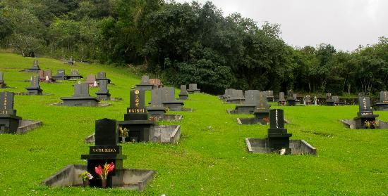 Valley of the Temples: Cemetary