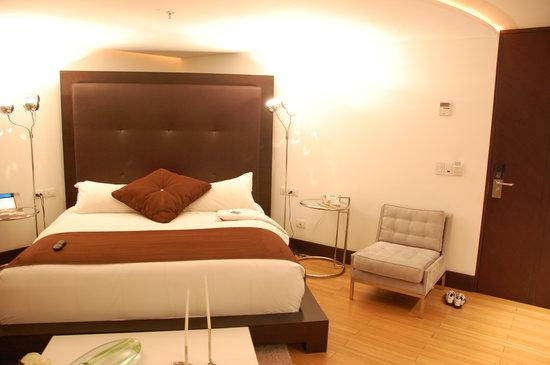 Le Parc Hotel: our room
