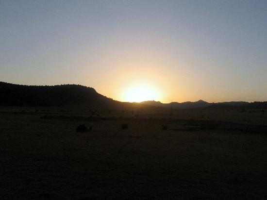 Harvard Lodge at Sproul Ranch: sunset