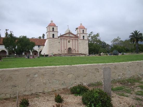 سانتا باربارا, كاليفورنيا: Mission Santa Barbara