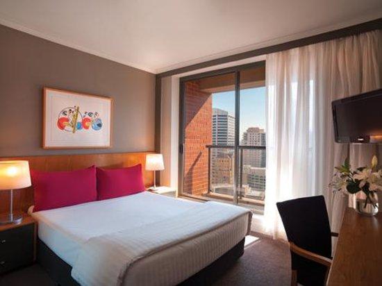 Adina Apartment Hotel Sydney Town Hall: Adina Apartment Hotel Sydney - One Bedroom Apartment