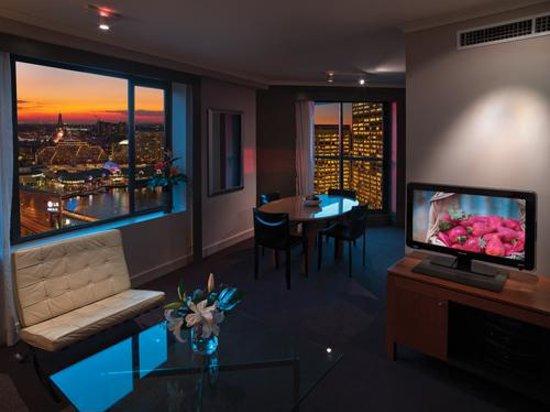 Adina Apartment Hotel Sydney Town Hall: Adina Apartment Hotel Sydney- Premier Apartment