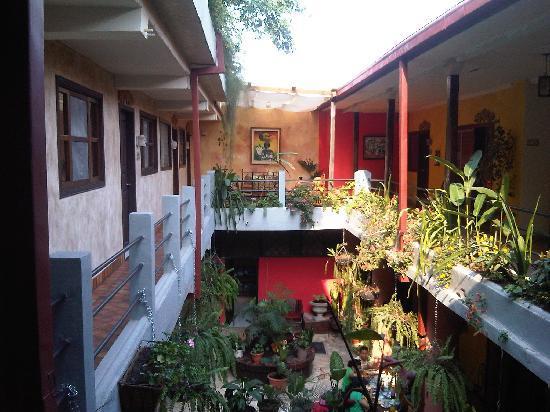 Hotel Camino Maya: Upstairs