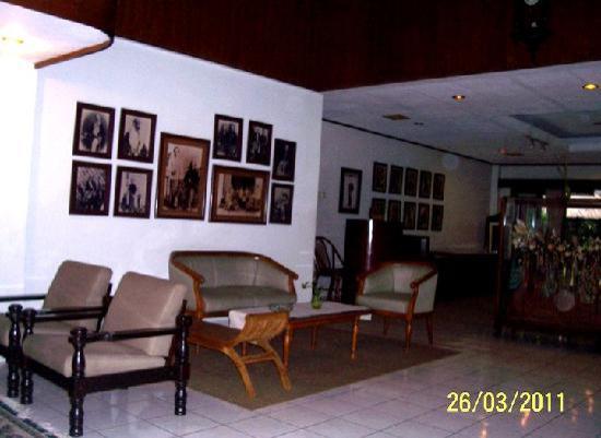 Hotel Paniisan Endah: hotel's Living room