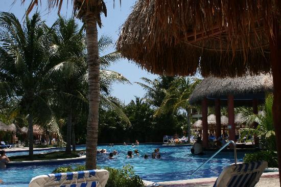 Grand Bahia Principe Coba: Our favorite pool